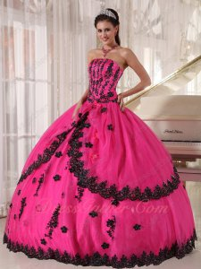 Non-breaking Polyester Boning Quinceanera Birthday Gown Fuchsia With Black Appliques