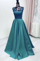 Bold Swirling Lace Bodice Pleats Skirt Emerald Green Prom Dress With Sash