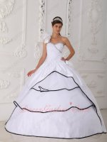 Single One Shoulder Pure White With Black Overlapping Quinceanera Party Gown