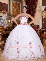 Westward Village Pure White Quince Celebrity Ball Gown With Wine Red Embroidery