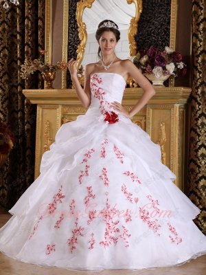 Full Size Customization White Quinceanera Dress With Red Embroidery Details