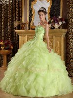 Fresh Yellow Green Organza Fluffy Shoelace Bodice Design Quinceanera Dress