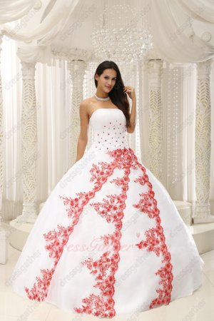 White Mesh Pretty Quince Ball Gown Three Oblique Layers Red Lacework Decorate