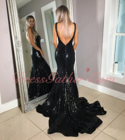Deep V-Shaped Black Sequin Lace Sheath Club Dress Lower Back Eye-Catching