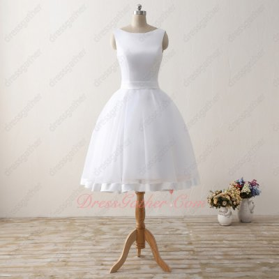 Bateau Knee Length White Skirt With Overlapping Bordure For Graduation College