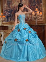 Strapless Girls Aqua Blue Taffeta Quinceanera Gowns With Gold Lines/Fishbone