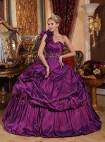 Dark Reddish Purple Quinceanera Protagonist Ball Gown Single Right Shoulder