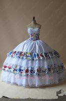 Western Colorful Flowers Embroidery and Lace White Quinceanera Ball Gowns Stage Dancing