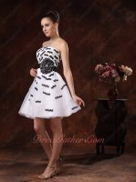 Cute Black Eyelash Lacework Interspersed White Cocktail Evening Gowns Attractive