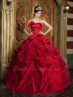 Strapless Dull Dark Red Quinceanera Wear Ball Gown With Feather Flowers
