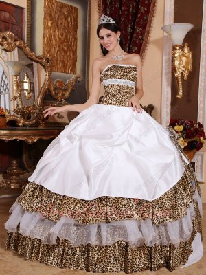 Strapless Leopard Printed and White Quinceanera Ball Gown Zoology Wild Design