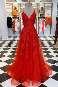 Sexy Spaghetti Straps V-Neck Appliques Red Tulle Evening Dress Horsehair Hemline