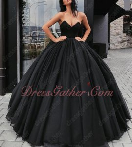 Goth Style Puffy Folds Black Tulle Skirt Ball Gown Without Any Details Cheap