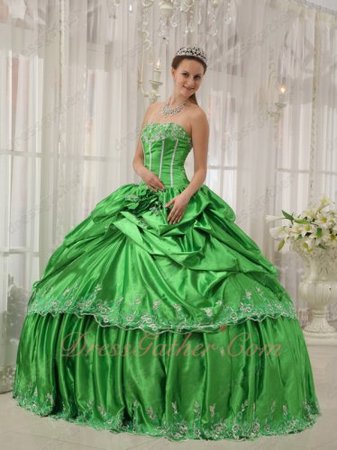 Inexpensive Spring Green Girls Dress To Quinceanera Party