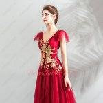 Latest V Neck Flouncing Cap Brush Train Evening Prom Gowns Red Tulle With Gold Applique
