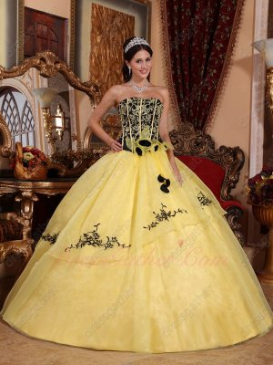Black Top With Yellow Embroidery/Lines Quinceanera Gown Flat Organza Skirt