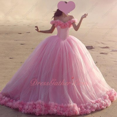 Handmade 3D Flowers Hemline Luxury Quinceanera Gift Gown Cute Pink Tulle