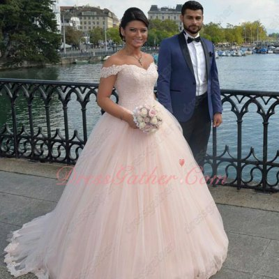 Light Blush Off Shoulder Ruched Tulle Puffy Gowns For Quinceanera Girl Party Wear