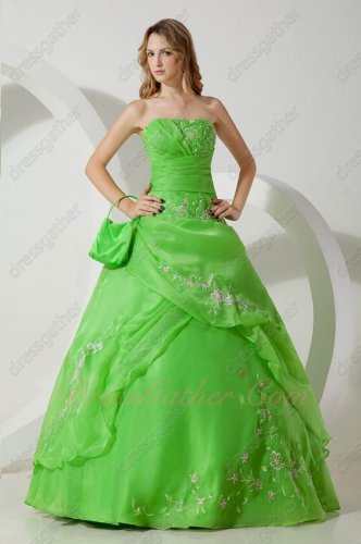 Spring Green Quality Embroidery High Street Quinceanera Dresses Little Puffy
