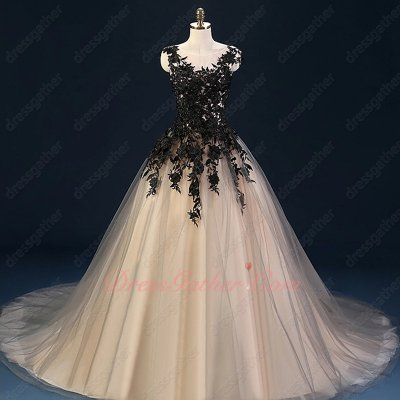 Exquisite Scoop Neck Black Appliques Champagne Tulle Puffy Skirt Celebrity Dress